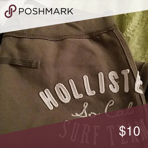 Hollister Sweatpants Olive green sweatpants pocket on back right, elastic at legs, worn a few times, Excellent condition! Hollister Pants Track Pants & Joggers