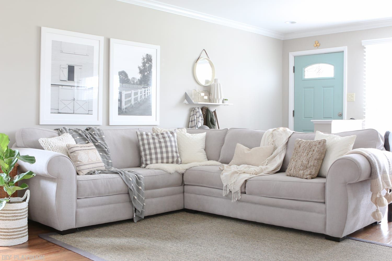 How to Choose Throw Pillows for a Gray Couch images