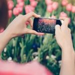 Check out this blog post - 5 tips til hvordan du kan ta flotte mobilbilder