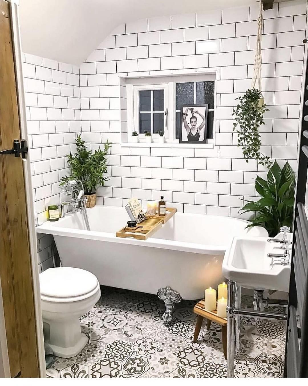 Have You Ever Seen Such A Fab Bathroom Floor This Bathroom Goldenfoxcottage Had Cottage Bathroom Design Ideas Bathroom Interior Design Bathroom Inspiration