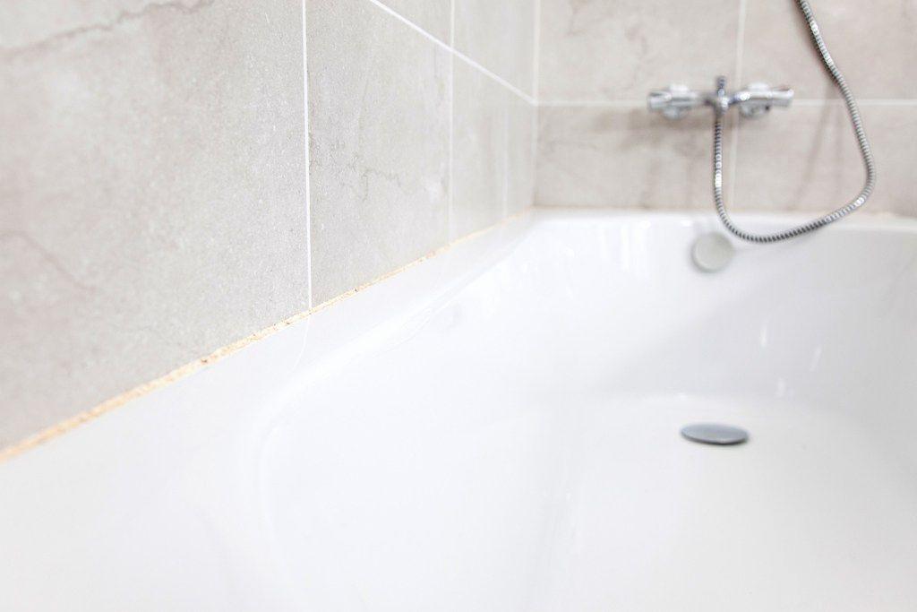 nettoyer joints carrelage sol noircis | Bathtub, Bathroom