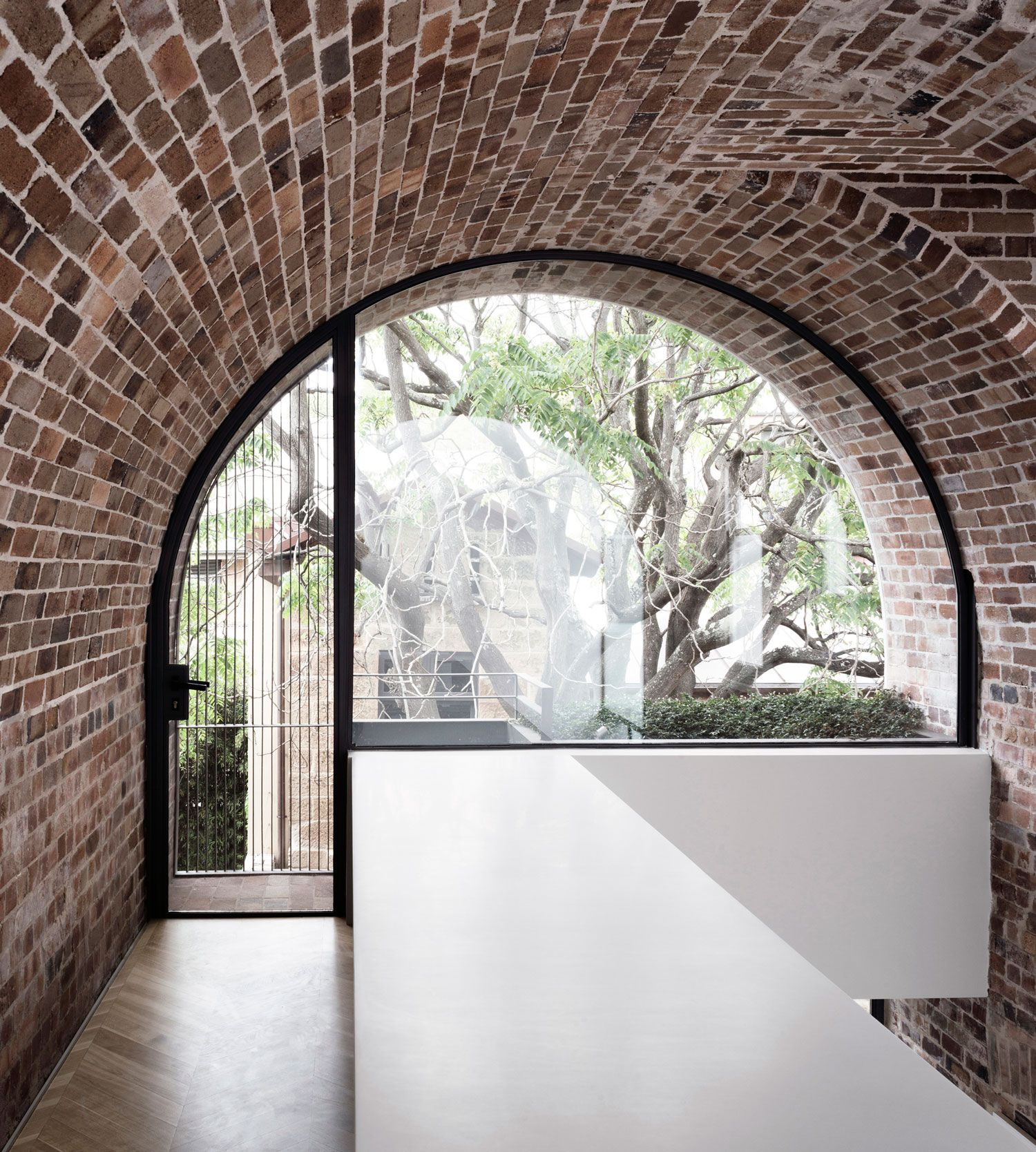 Italianate House in Surry Hills by Renato D\'Ettorre Architects