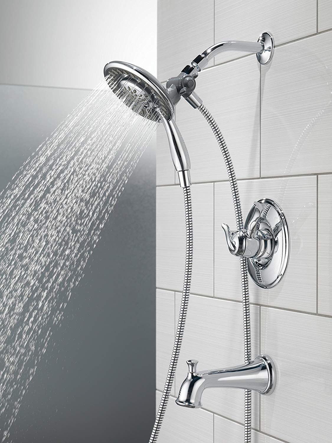 This 4 Setting Linden 17 Series In2ition Two In One Tub And Shower