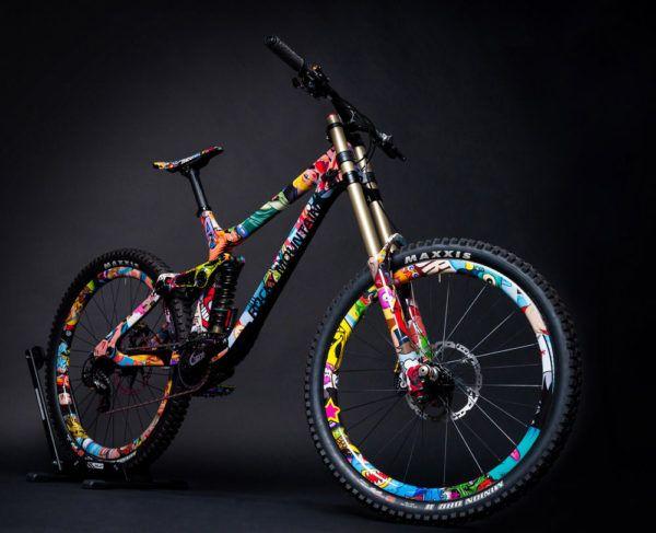 Ongekend rieseldesign-rocky-mountain-mayden-downhill-mountain-bike-design07 YS-79