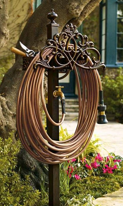 Classic Filigree Hose Station Garden Hose Holder Lawn And