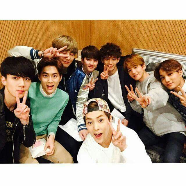 EXO at Cultwo Show