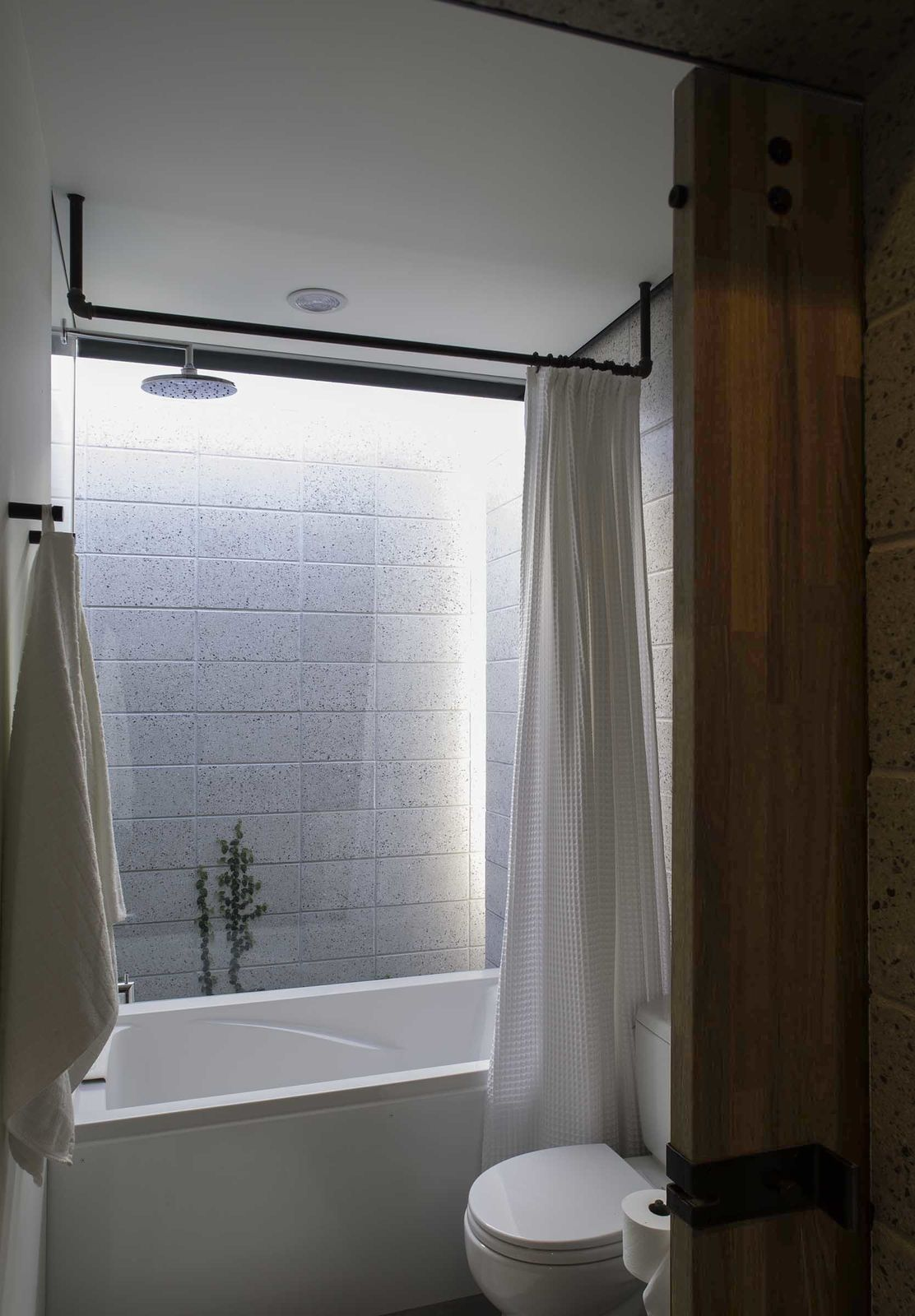 Micro Dwellings In Phoenix Get Creative With Under 500 Square Feet By Diy Bathroom Remodel Hall Design Small Bathroom