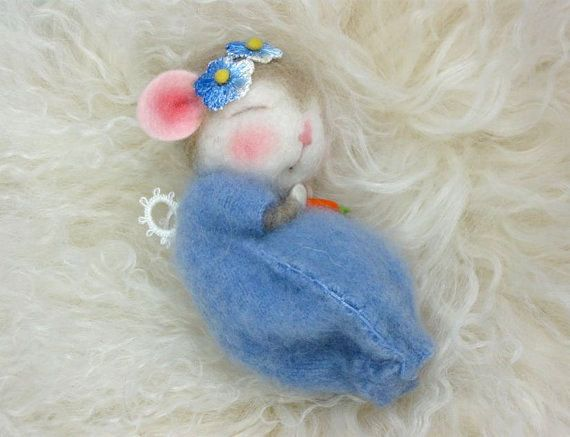 Ähnliche Artikel wie Nadel gefilzte Tiere Tutorial / Nadel gefilzte Muster / Nadel gefilzte Maus & Bunny / Nadel-filzen / Wolle Roving auf Etsy