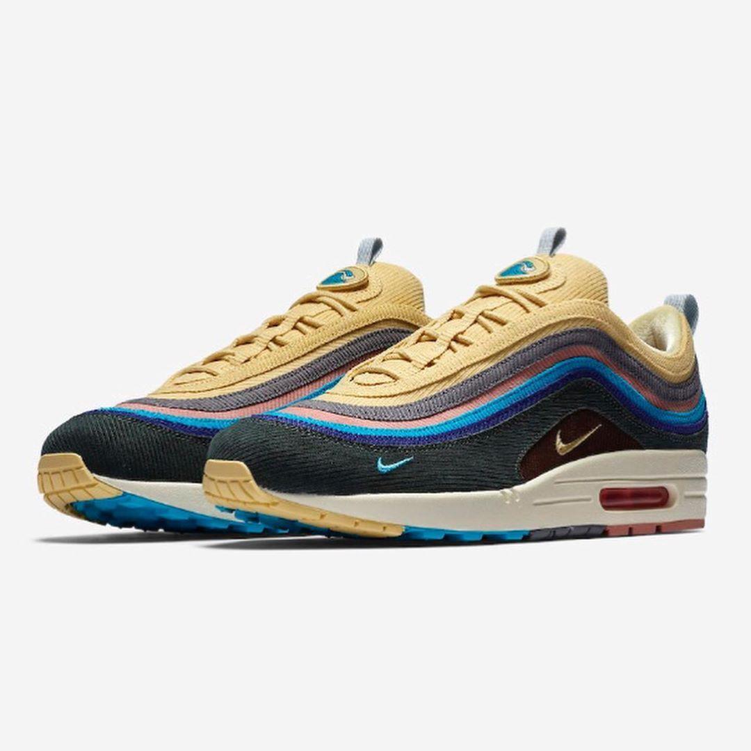 Nike air max, Nike shoes maroon