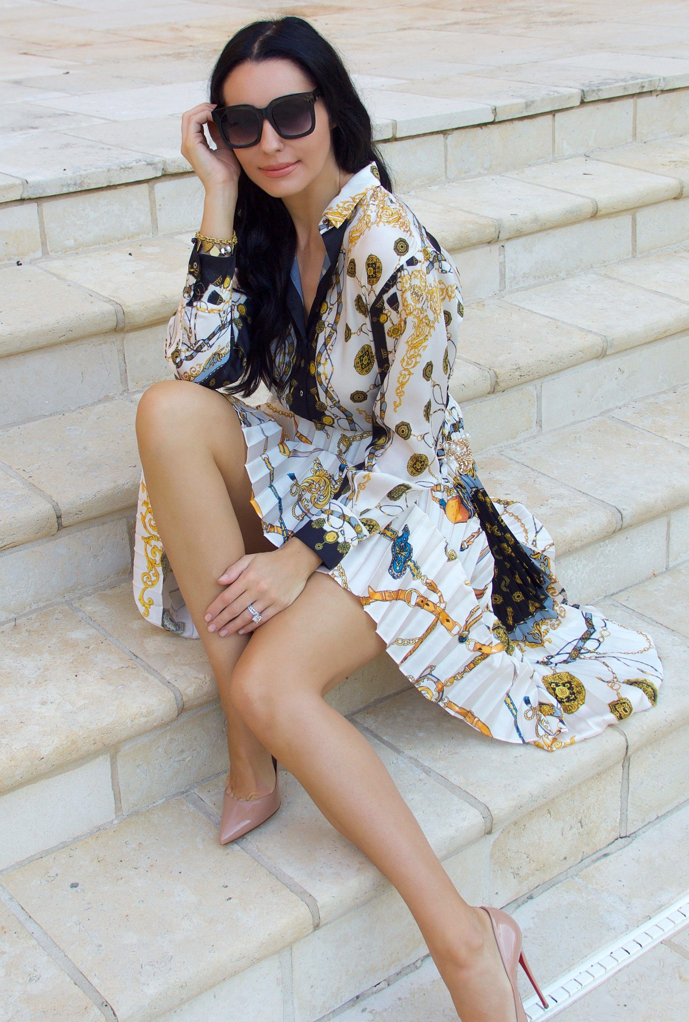 080867eea Zara, Scarf print, ZARA chain print pleated skirt, ZARA chain print shirt,  Scarf print skirt, Scarf print shirt, Louboutins, Statement outfit,  Workwear, ...