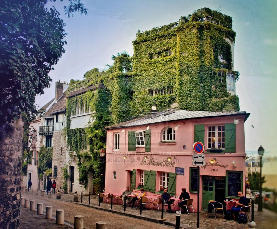Would LOVE to visit this cute cafe in Montemarte, Paris! Out of a dream! #MissKL #SpringtimeinParis