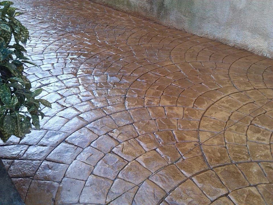 Pavimento de hormig n estampado textura adoqu n abanico for Estampado de hormigon