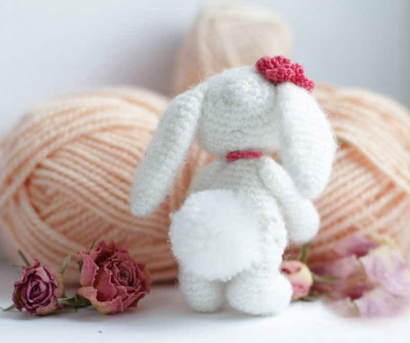 Motif amigurumi de lapin au crochet gratuit
