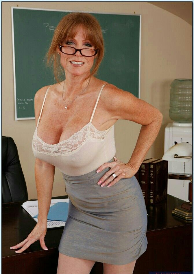 Class room and short hair milf