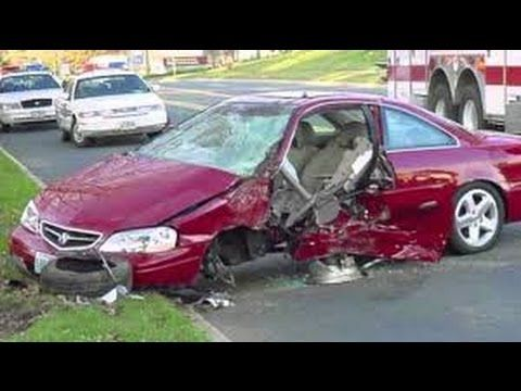 Dui Attorneys Canton Ct Lawyers Offer Free Consultation Reviews Hit And Run Accident Attorney Car Crash