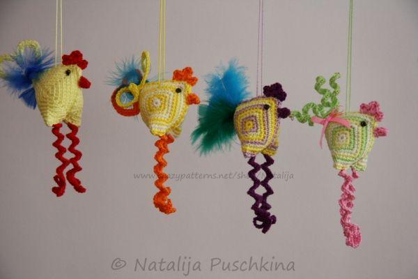 Easter Decoration -crazy chicken, crochet pattern http://www.crazypatterns.net/de/items/58/Easter-Decoration-crazy-chicken-crochet-pattern