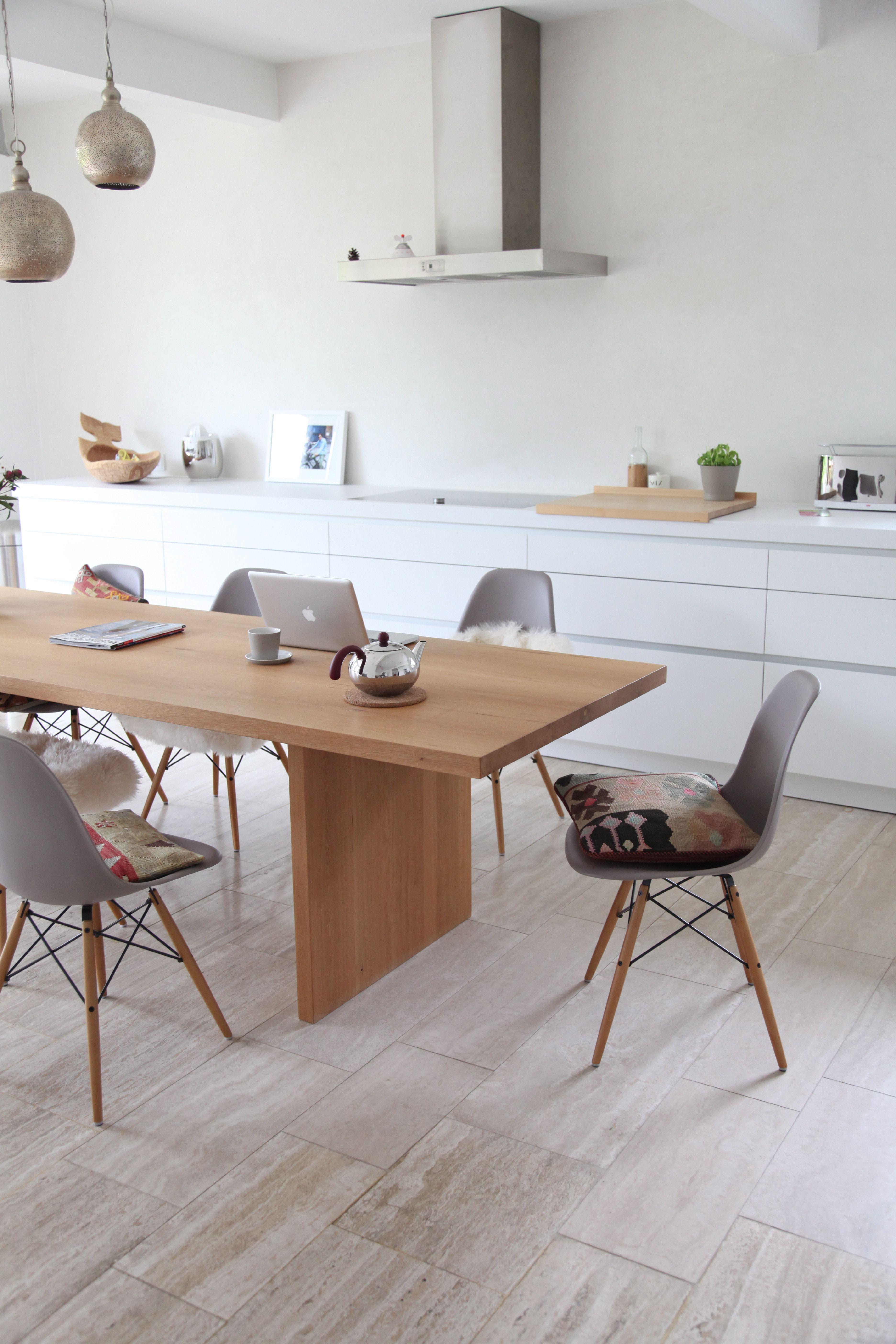 k che wei und holz k che landhausstil holz ikea esche installationsleitfaden team 7. Black Bedroom Furniture Sets. Home Design Ideas