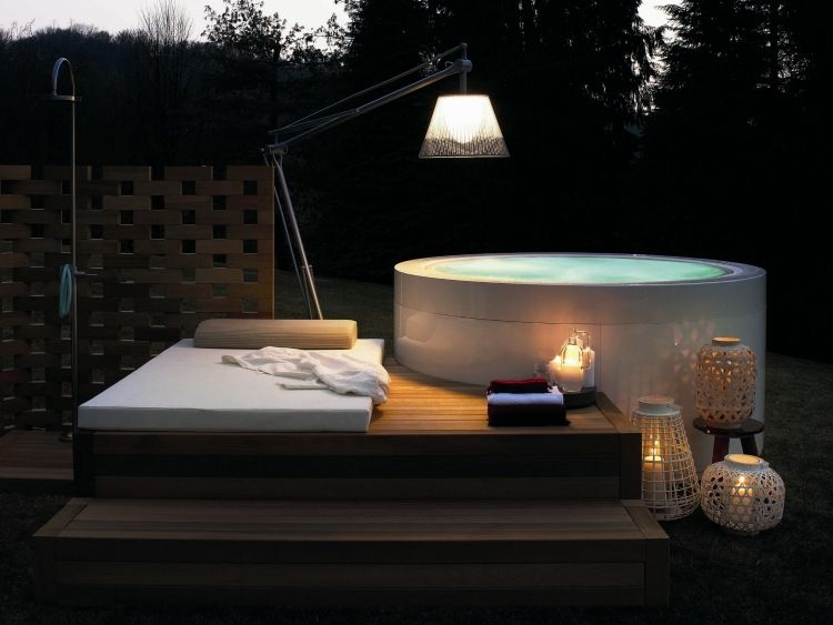 jacuzzi ext rieur sur terrasse ou dans le jardin en 57 photos photos jacuzzi et spas. Black Bedroom Furniture Sets. Home Design Ideas