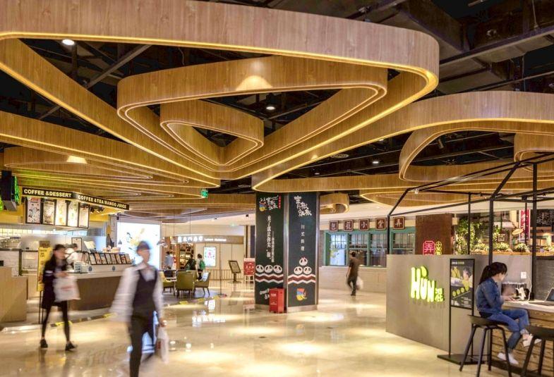 株式会社ファルコサッソインターナショナル 木彫飾り枠 手彫り天然木