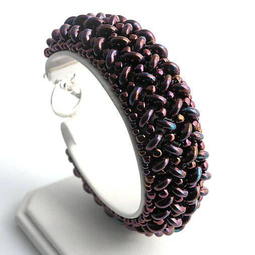 Two hole lentil beads bracelet  http://www.sashe.sk/kacenkag/detail/lentilkovy-fialovy-iris