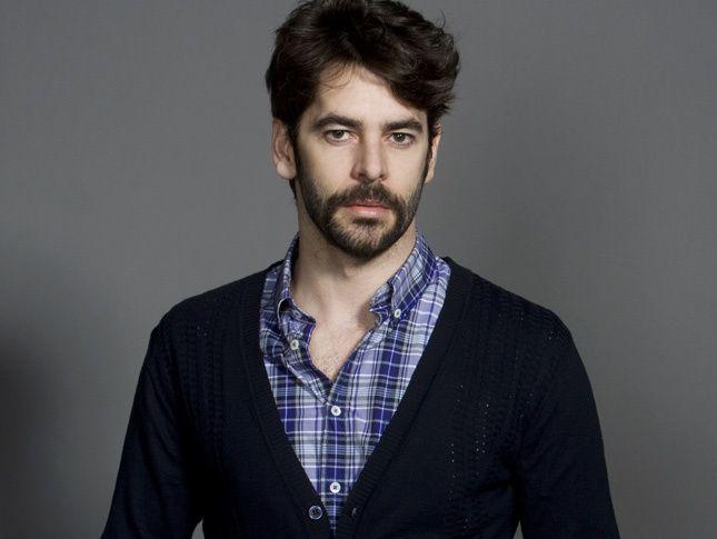 eduardo noriega gay scene