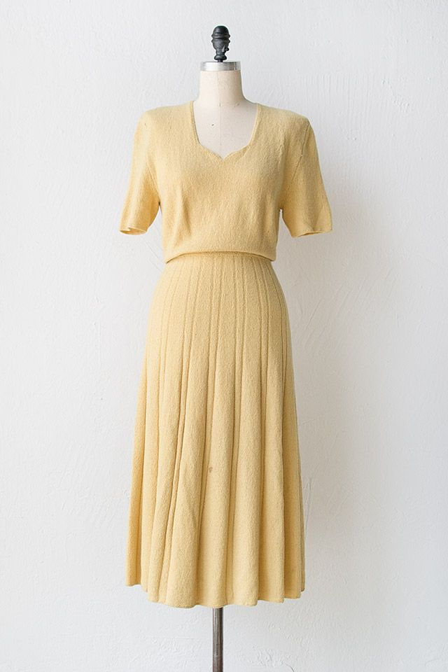 vintage 1940s yellow knit dress vintage 40s dress