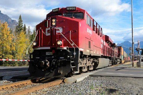 Canadian Pacific Freight Train   Train jigsaw puzzles. Jigsaw puzzles online. Online puzzles