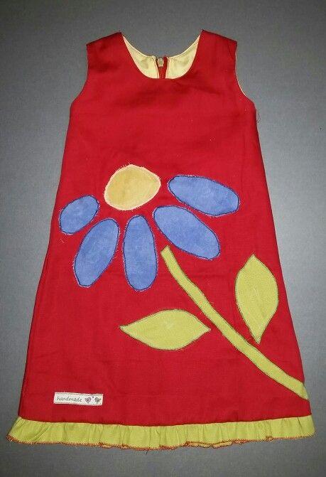 Kleid mit Applikation Blume