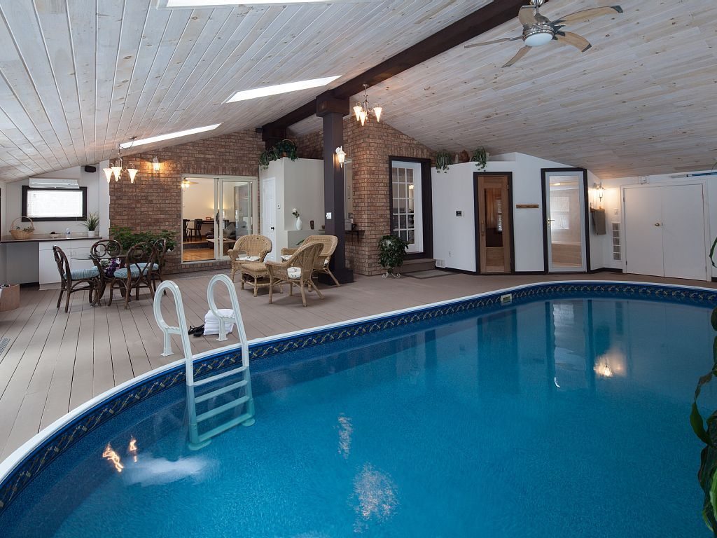 Ottawa house rental - Pool Room with heated indoor pool, sauna and ...