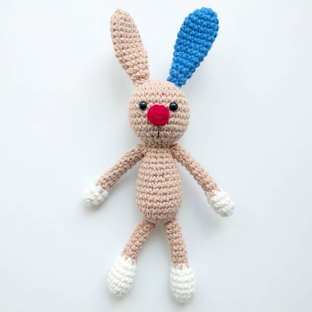 Nur Noch 4 Tage Bis Ostern Der Hase Mit Der Roten Nase Kann Es Kaum Erwarten Sich Zu Verstecken Er Hat Das Gan Rote Nase Geschichtensackchen Ausmalbilder