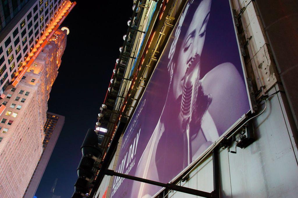 https://flic.kr/p/E8Nmn9 | Night in Broadway