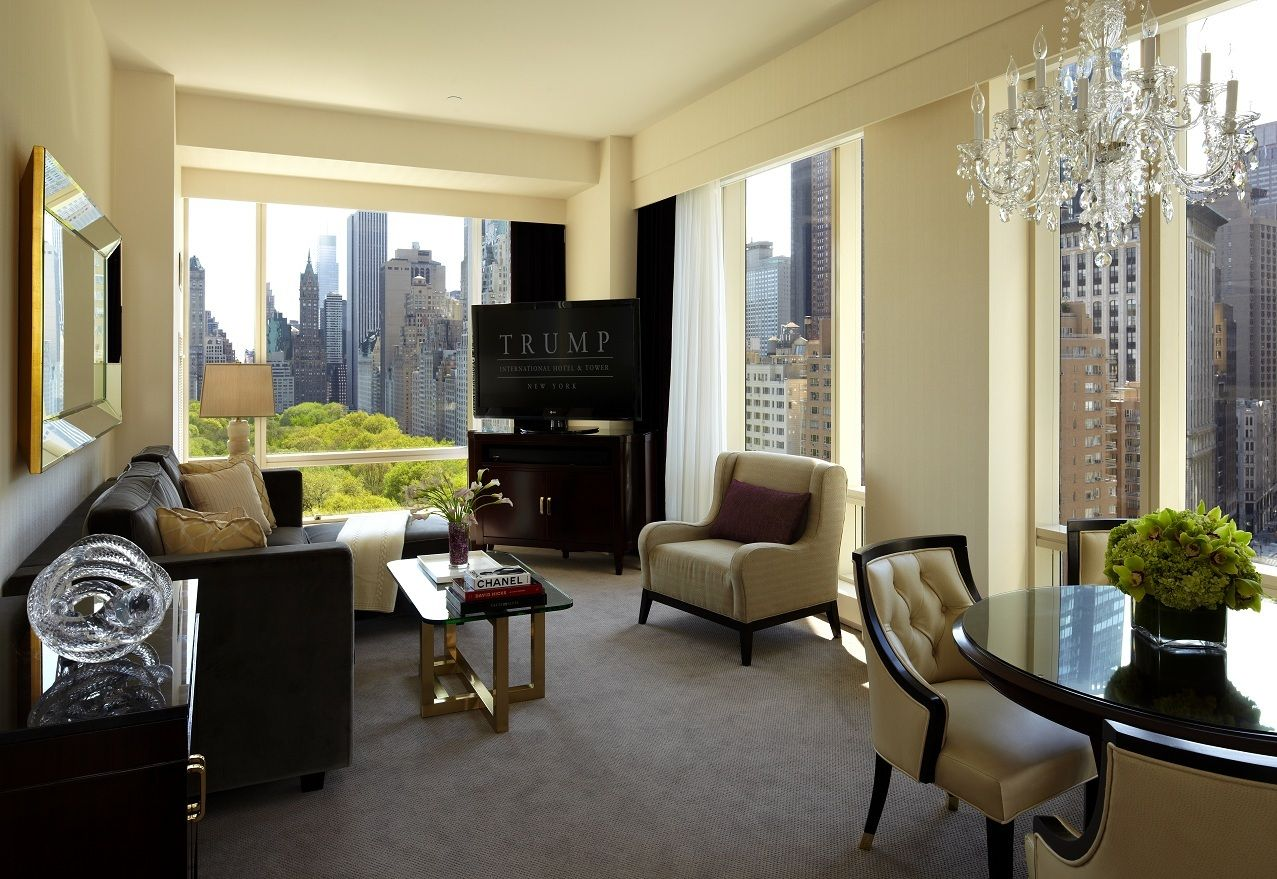 Living Room Nyc Beauteous Executive One Bedroom Park View Suite Living Room Trump . Decorating Inspiration