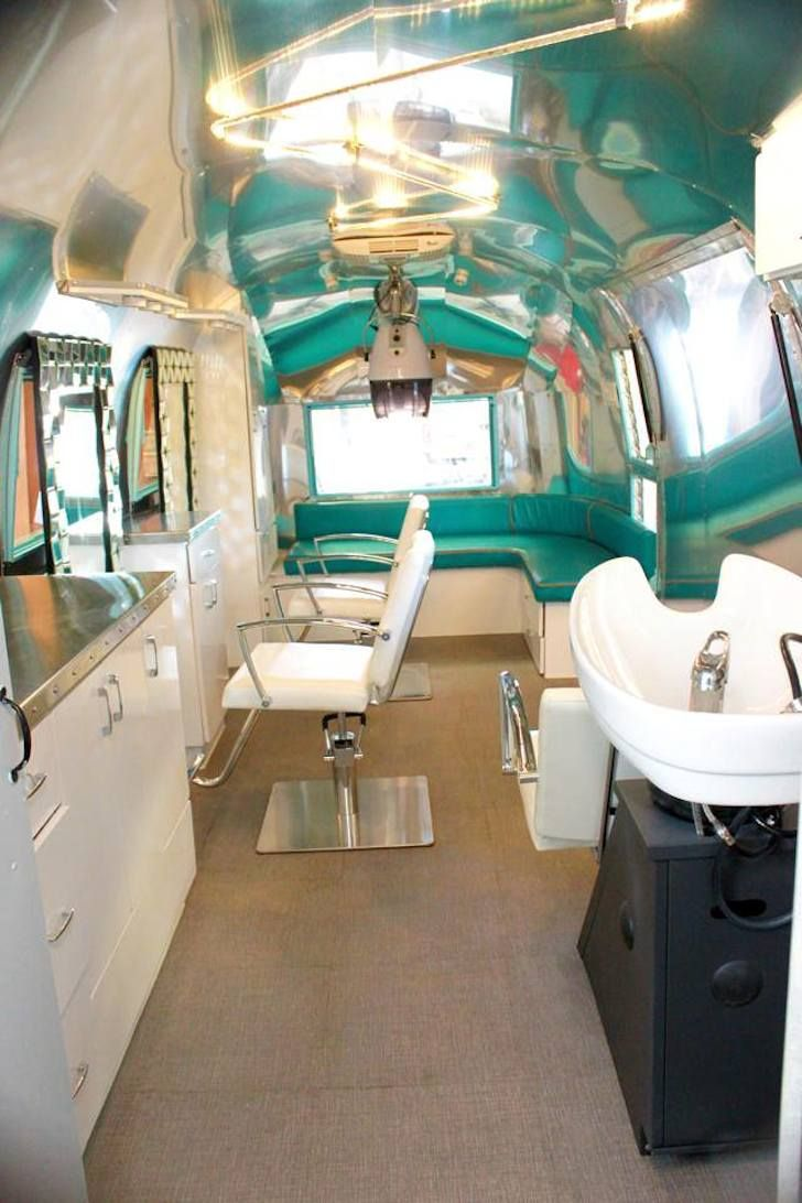 See This Ratty Old Trailer Transform Into A Stunning Salon Mobile Beauty Salon Airstream