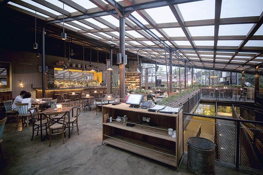 Industrial Counter Area Beer Garden Jakarta Selatan