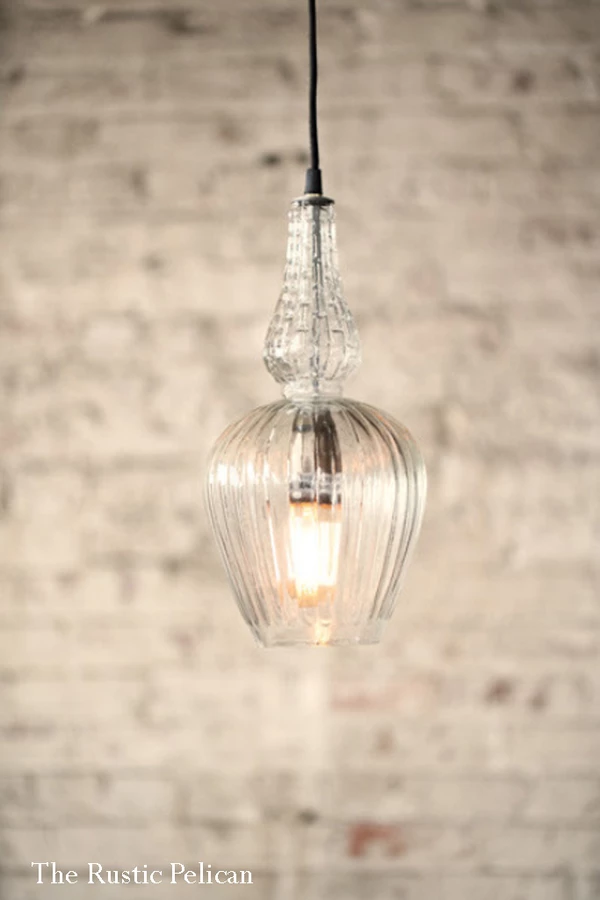 Modern Farmhouse Glass Pendant Light With Images Farmhouse