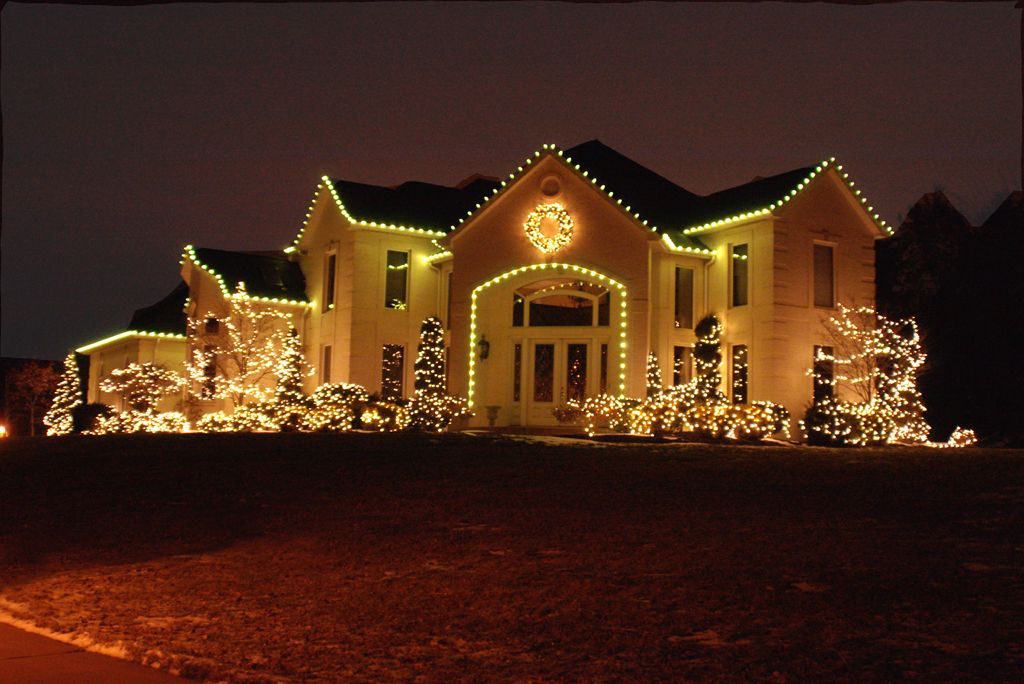 Simple Outdoor Christmas Light Decorating Ideas Lighting