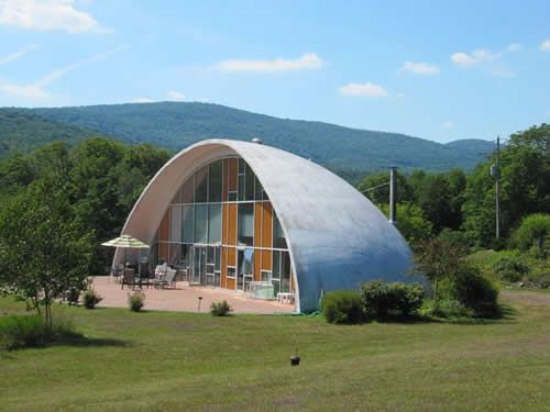 The Upstater Cool Contemporaries Brownstoner Geodesic Dome Homes Dome House Monolithic Dome Homes