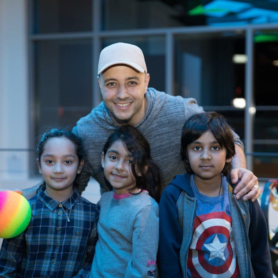 Maher Zain with kids 🤗😍 | Maher Zain in 2019 | Maher zain, Singer, R&b