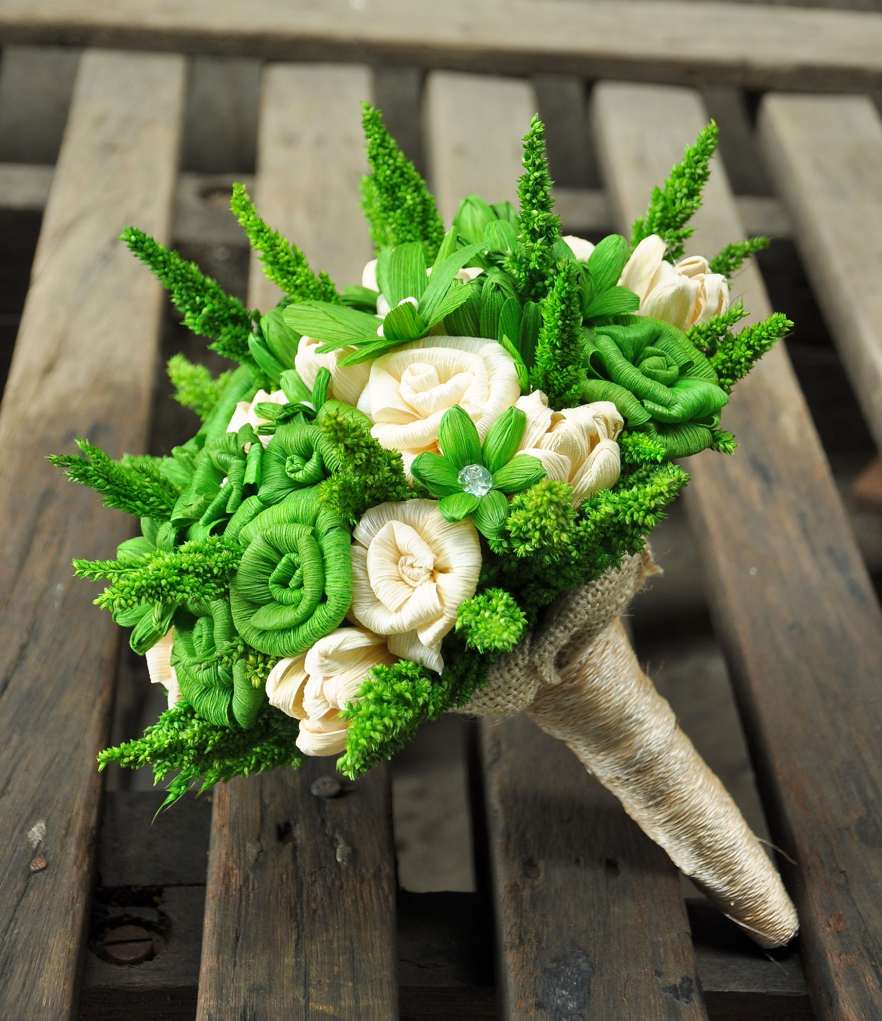 green bouquet accents - Google Search | One Day | Pinterest | Corn ...