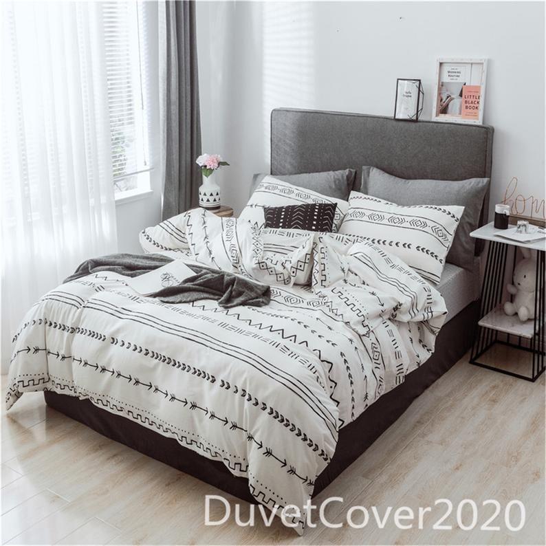 Minimalist White Duvet Covers 100 Cotton Duvet Cover Queen Etsy In 2021 Geometric Bedding Duvet Cover Sets White Duvet Covers