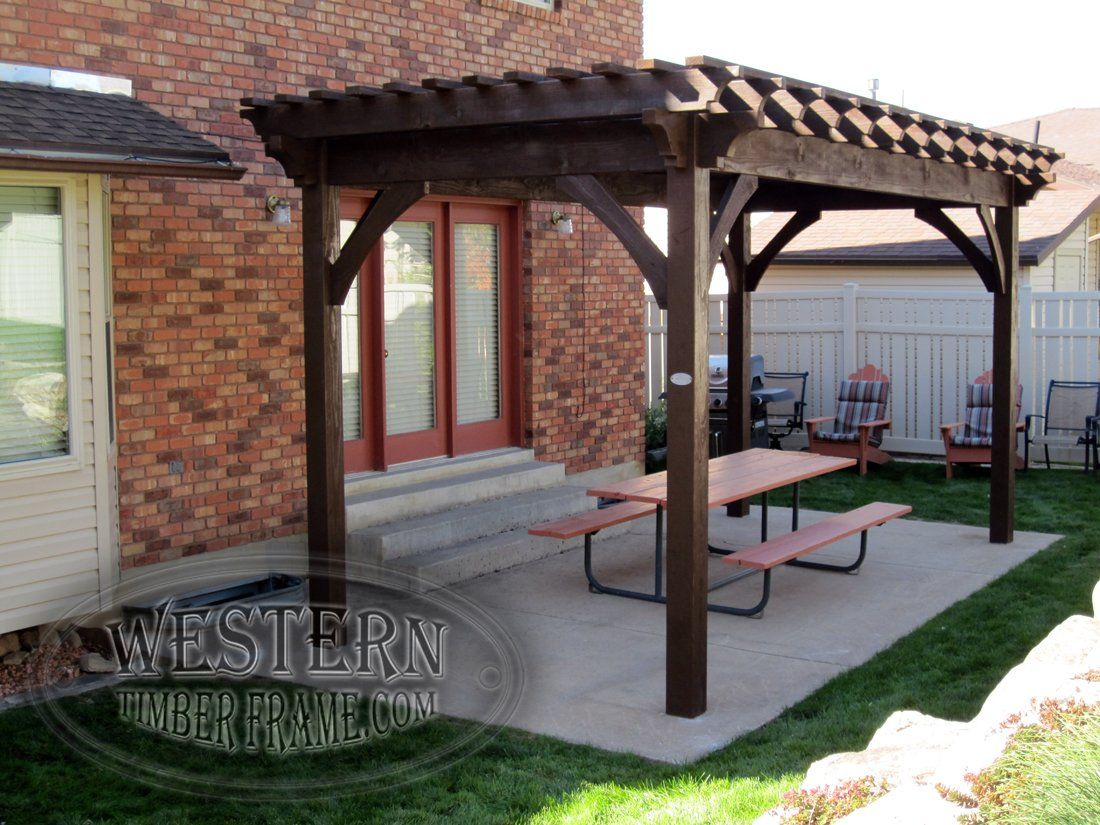 Free standing pergola with rich cordoba stain and crescent for Diy free standing pergola