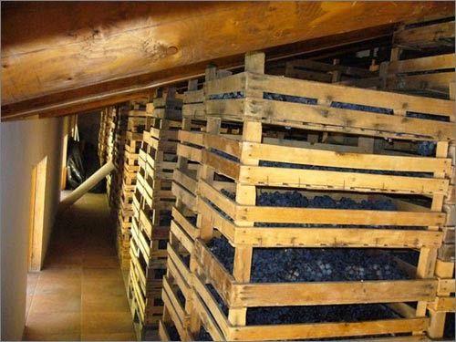 http://www.wineblogroll.com/2015/02/az-agr-carlo-boscaini-famiglia-passione.html