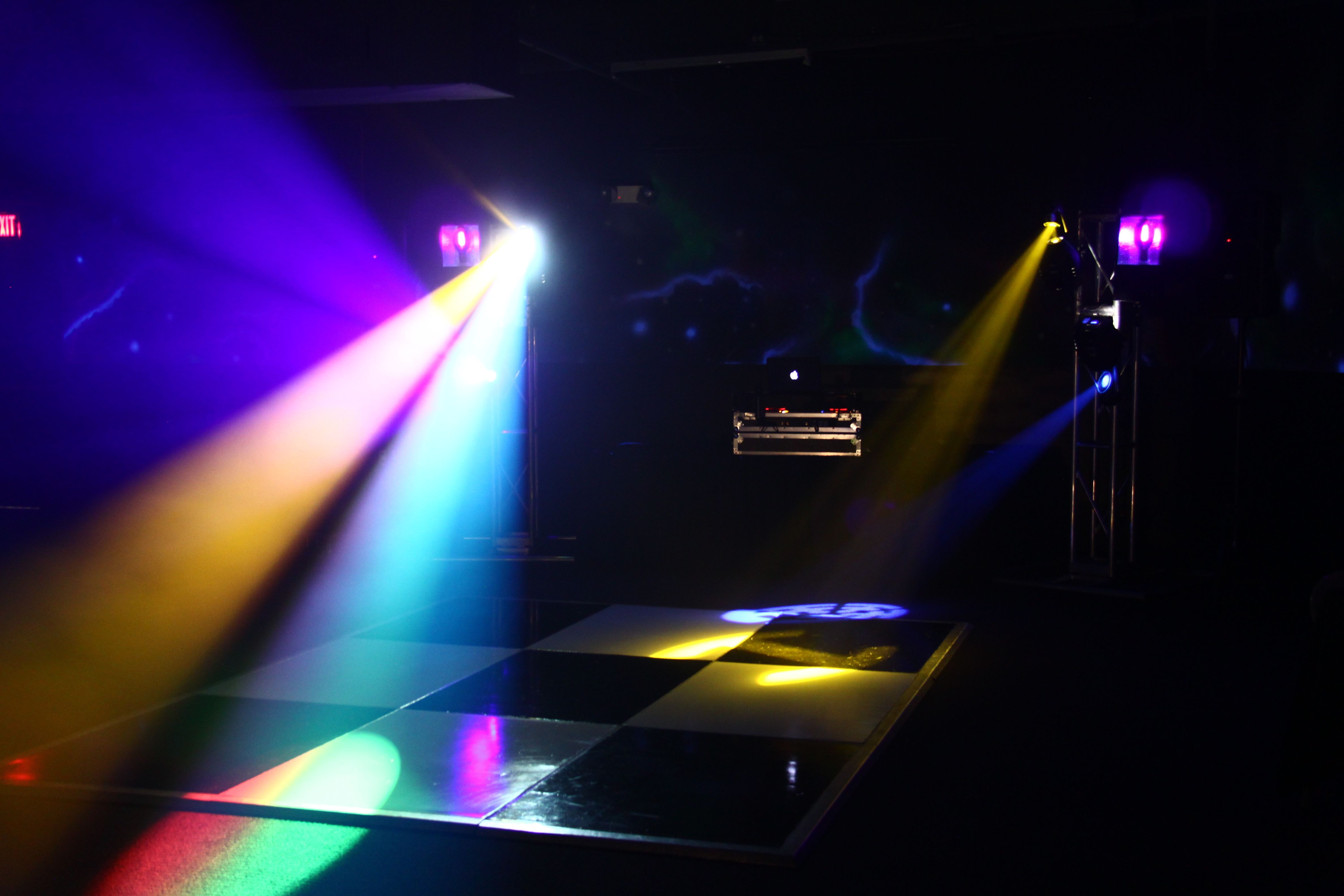 add a dj dance floor to make your graduation party or special