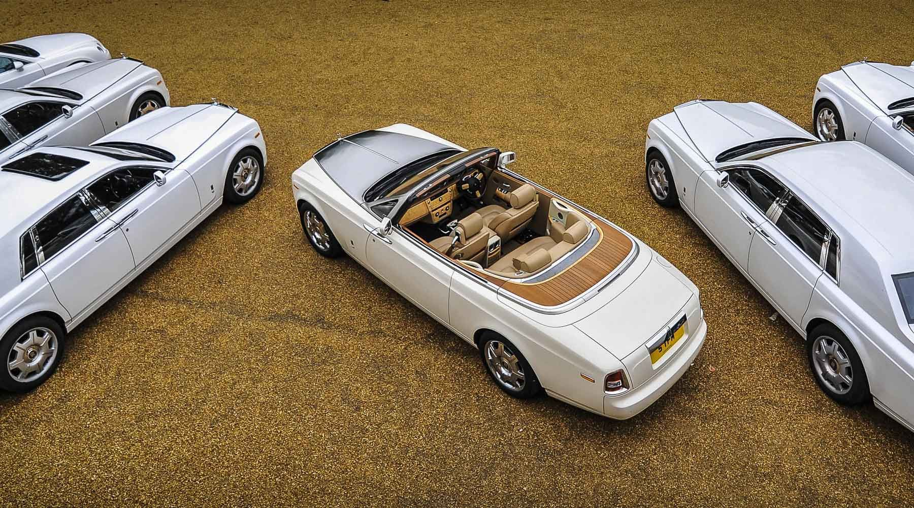 Call Us On 0800 542 1337 Or 0121 227 9984 Wedding Car Hire Limo Hire Super Car Hire Chauffeur Car Hire And Helicopter Char Super Cars Car Hire Rolls Royce