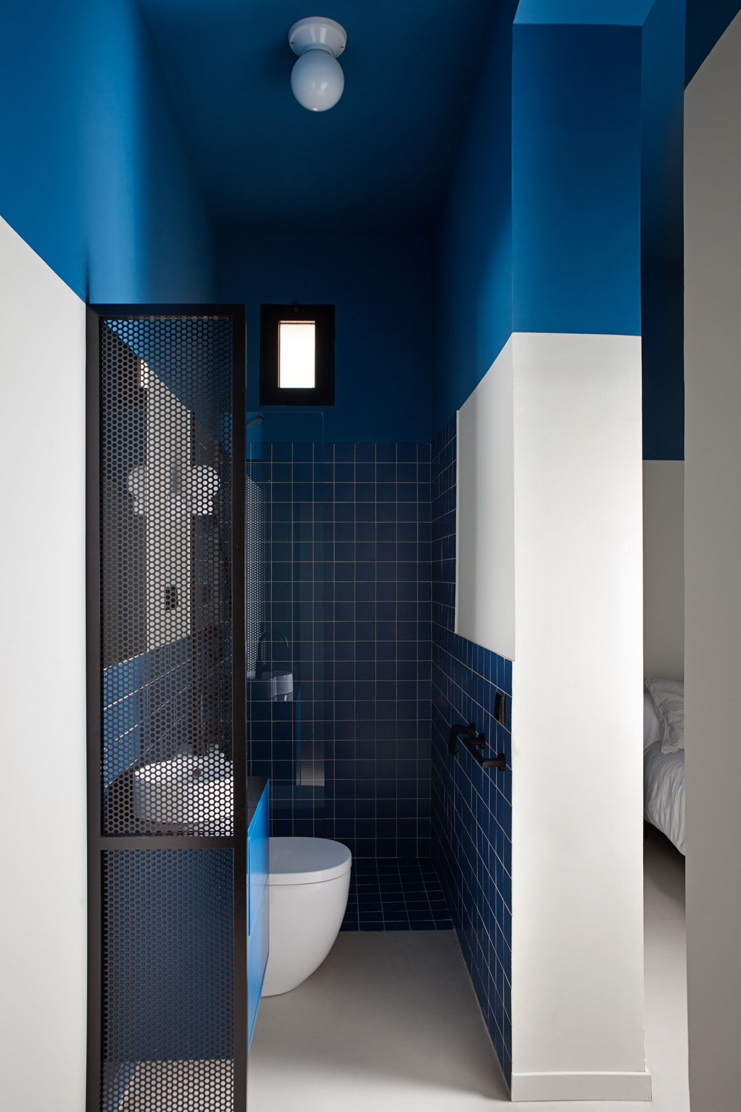 Student housing apartment renovation in madrid by plutarco yellowtrace