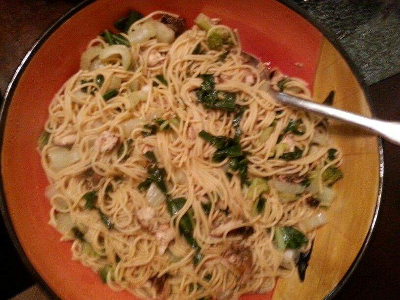 one pan chicken-noodles-vegi dinner. way easy to make. i
