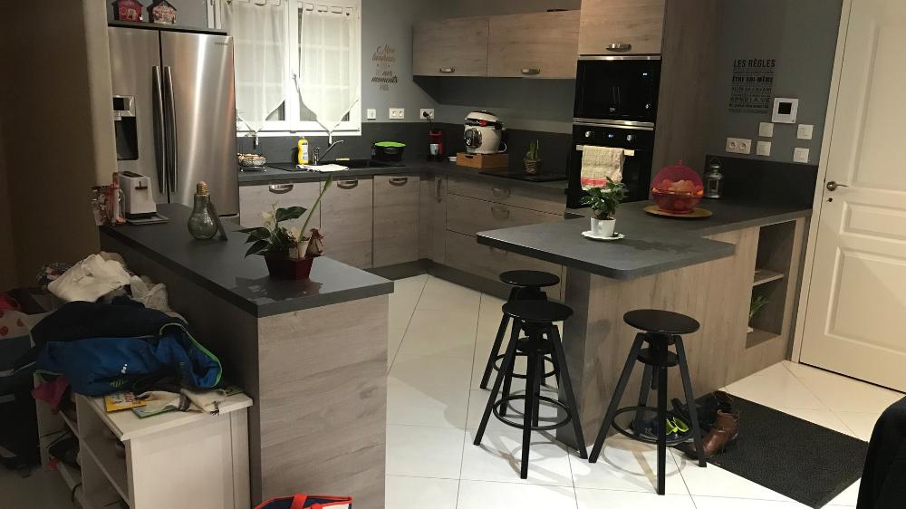 Modeles De Cuisines Sur Mesure Realisations Clients Et Avis Cuisinella En 2020 Cuisinella Cuisine Sur Mesure Mobalpa