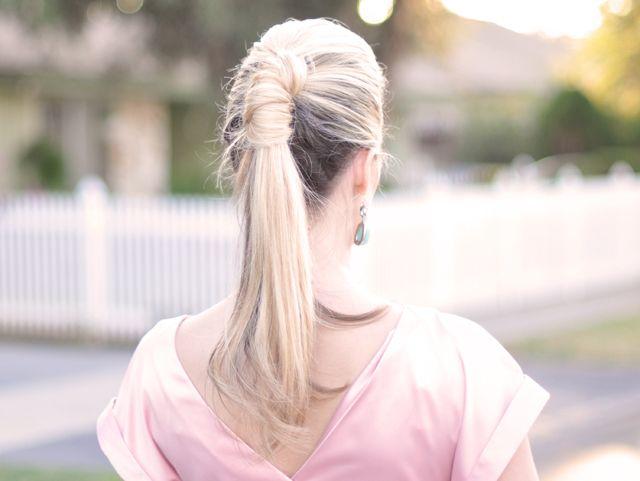 pretty ponytail twist how-to video