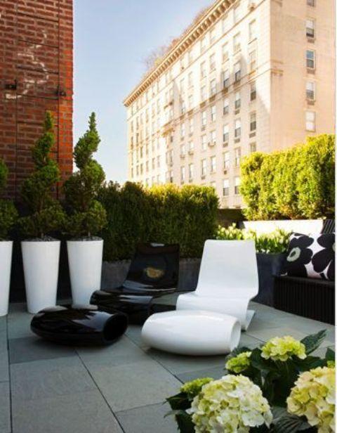 Arredare il terrazzo: 33 idee per un terrazzo design | Small terrace ...