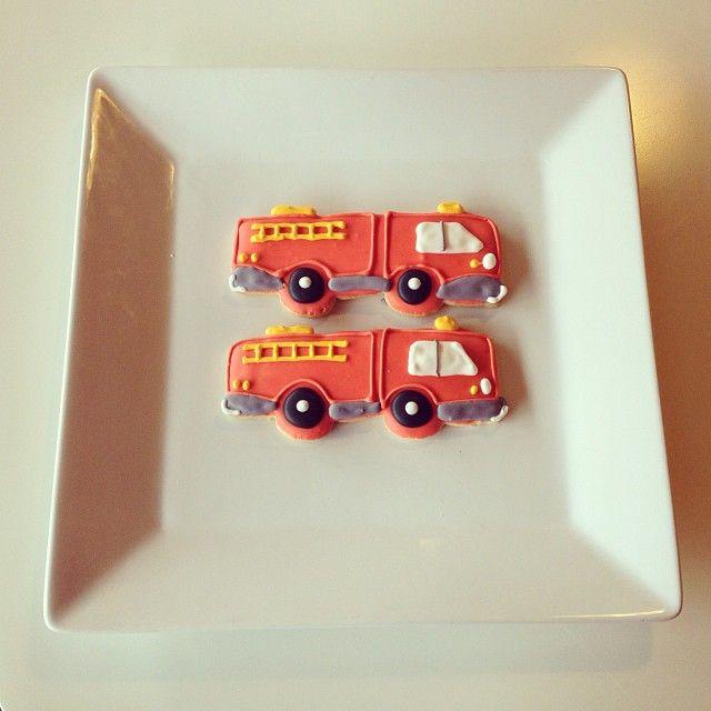 Fire Truck Decorated Cookies / 2tarts Bakery / New Braunfels, TX / www.2tarts.com